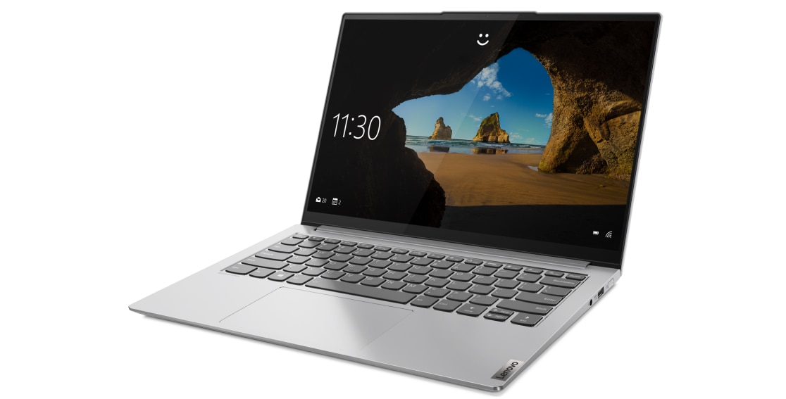 Left three-quarter view of Lenovo Yoga Slim 7 Pro 14
