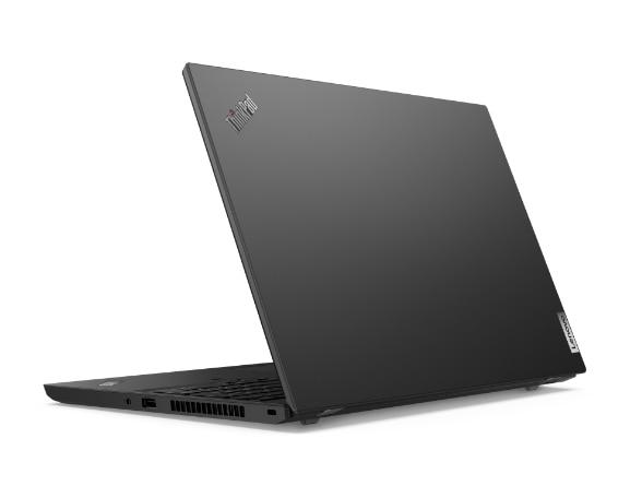 Rückansicht des Lenovo ThinkPad L15 Gen 2 (Intel) Notebooks, um etwa 80Grad geöffnet, leicht gekippt mit Blick auf die Anschlüsse auf der rechten Seite.