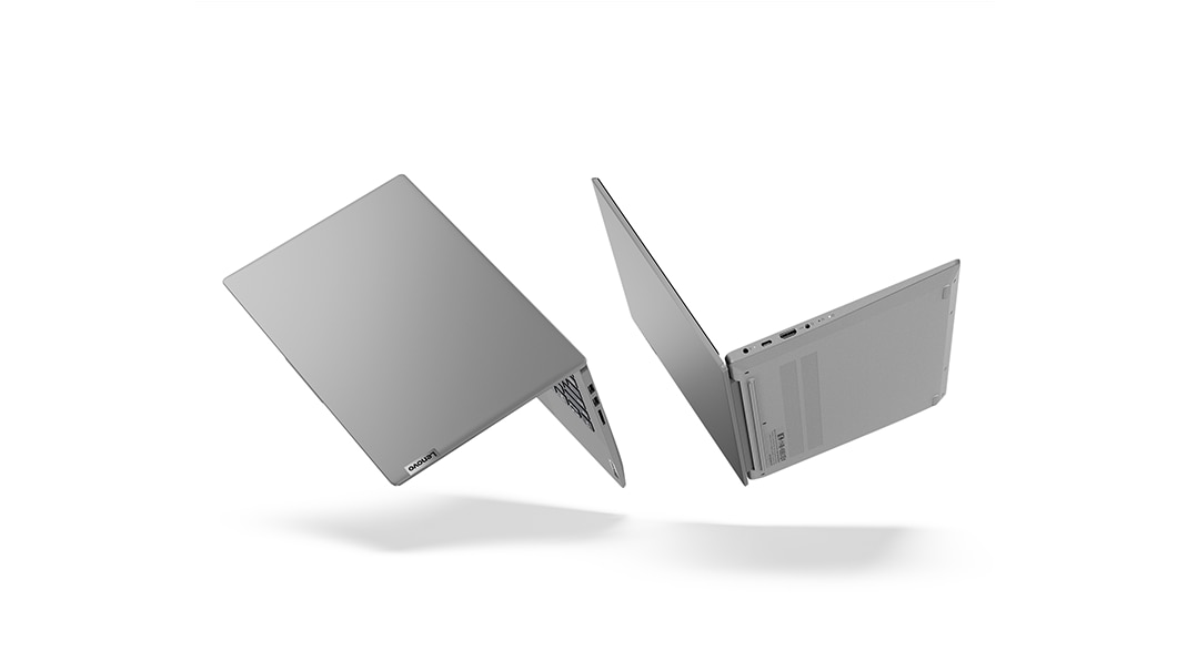 「IdeaPad Slim 550(14)」背面