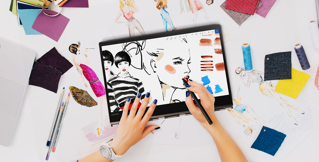 Lenovo Yoga 920 (13) being used by fashion designer
